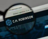Milan, Italie - 10 août 2017 : C H Logo de Robinson Worldwide dessus image libre de droits
