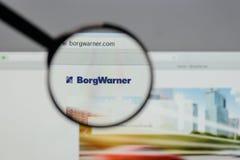 Milan, Italie - 10 août 2017 : Logo de Borg Warner sur le site Web images stock