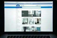 Milan, Italie - 10 août 2017 : Page d'accueil de site Web de Lowe's C'est a Image stock