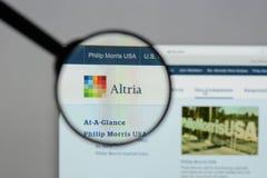 Milan, Italie - 10 août 2017 : Site Web de groupe d'Altria C'est A Photographie stock