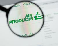 Milan, Italie - 10 août 2017 : Websit d'Air Products & Chemicals photographie stock