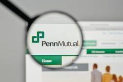 Milan, Italie - 1er novembre 2017 : Logo de Penn Mutual Life Insurance Images stock