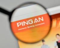 Milan, Italie - 1er novembre 2017 : Logo de Ping An Insurance sur W Image stock