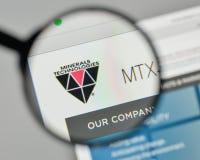 Milan, Italie - 1er novembre 2017 : Logo de technologies de minerais sur t Photographie stock libre de droits