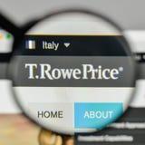 Milan, Italie - 1er novembre 2017 : T Logo des prix de Rowe sur le websi Image stock