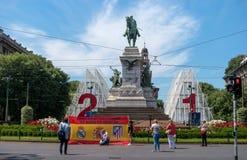 Milan, Italie - 25 mai 2016 : Monument en bronze à Giuseppe Garibaldi dans Piazzale Carioli Image libre de droits