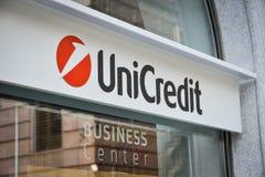 Milan, Italie - 24 septembre 2017 : Banque d'Unicredit à Milan Images stock