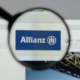 Milan Italien - Augusti 10, 2017: Allianz websitehomepage Det är Royaltyfri Foto