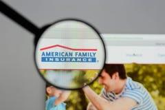 Milan Italien - Augusti 10, 2017: Amerikansk familjförsäkringgrupp Fotografering för Bildbyråer