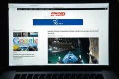 Milan Italien - Augusti 10, 2017: Gizmodo websitehomepage Det är Royaltyfri Fotografi
