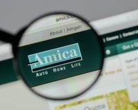 Milan Italien - Augusti 10, 2017: H för website Amica för ömsesidig försäkring Royaltyfri Bild