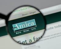Milan Italien - Augusti 10, 2017: H för website Amica för ömsesidig försäkring Arkivbilder