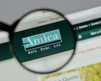 Milan Italien - Augusti 10, 2017: H för website Amica för ömsesidig försäkring Royaltyfri Fotografi