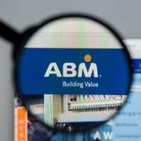 Milan Italien - Augusti 10, 2017: Homepage för ABM-branschwebsite Royaltyfri Foto