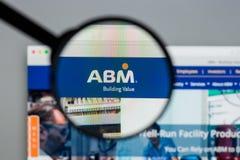 Milan Italien - Augusti 10, 2017: Homepage för ABM-branschwebsite Royaltyfria Bilder