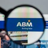 Milan Italien - Augusti 10, 2017: Homepage för ABM-branschwebsite Arkivfoton