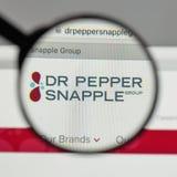 Milan Italien - Augusti 10, 2017: Logo för Dr Pepper Snapple Group på Royaltyfria Foton