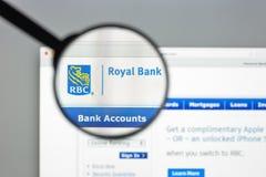 Milan Italien - Augusti 10, 2017: Royal Bank av Kanada websitehom Royaltyfri Fotografi