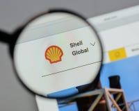 Milan Italien - Augusti 10, 2017: Shell BG grupperar logo på websien Fotografering för Bildbyråer