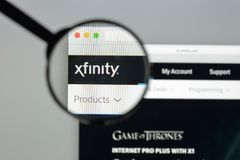 Milan Italien - Augusti 10, 2017: Xfinity websitehomepage Det är Arkivbilder