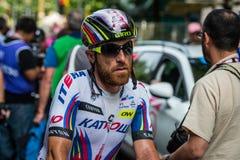 Milan Italien 31 Maj 2015; Den yrkesmässiga cyklisten tröttade i Milan, når han har avslutat Postgirot D'Italia Royaltyfria Foton