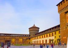 Milan Italien - Maj 03, 2017: Slotten för Sforza ` s i Milan Fotografering för Bildbyråer