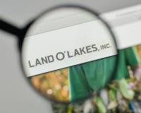 Milan Italien - November 1, 2017: Landnolla logo för sjöar på websiten Arkivfoto