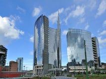 Milan Italien, Porta Nuova ny skyskrapa Royaltyfria Bilder