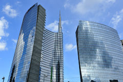 Milan Italien, Porta Nuova ny skyskrapa Royaltyfria Foton