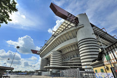 Milan Italien, San Siro fotbollsarena royaltyfria bilder