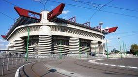 MILAN ITALIEN - SEPTEMBER 13, 2017: Stadio Giuseppe Meazza som gemensamt är bekant som San Siro, är en fotbollsarena i den San Si Royaltyfri Foto