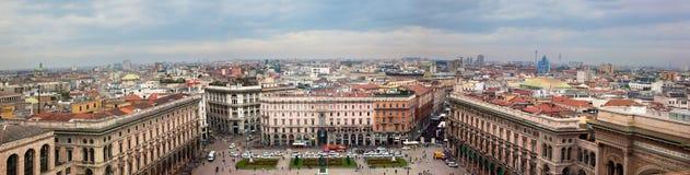 Milan Italien. Sikt på Piazza del Duomo. arkivbild