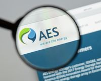 Milan, Italy - August 10, 2017: AES website homepage. It is a Fo. Rtune 200 company that generates and distributes electrical power. AES logo visible Stock Images