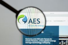 Milan, Italy - August 10, 2017: AES website homepage. It is a Fo. Rtune 200 company that generates and distributes electrical power. AES logo visible Royalty Free Stock Photo