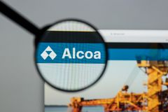 Milan, Italy - August 10, 2017: Alcoa website homepage. It  is a. N American industrial corporation. Alcoa (from Aluminum Company of America) logo visible Stock Photography