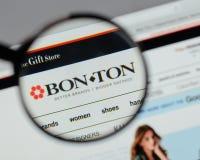 Milan, Italy - August 10, 2017: Bon-Ton Stores logo on the websi. Te homepage Stock Photos