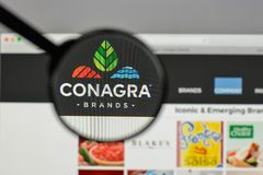 Milan, Italy - August 10, 2017: Conagra Brands logo on the websi. Te homepage Stock Photo