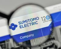 Milan, Italy - November 1, 2017: Sumitomo Electric Industries lo. Go on the website homepage Stock Image