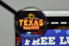 Milan, Italy - November 1, 2017: Texas Roadhouse logo on the web. Site homepage stock photography