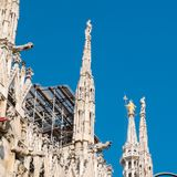 MILAN-ITALY-03 12 2014, Piazza del Duomo, gothic cathedral with Stock Photos