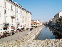 MILAN-ITALY-03 12 2014, Zone des Navigli-Kanals des Wassers passe Lizenzfreie Stockfotos