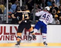 Milan Lucic, Boston Bruins en avant Image libre de droits