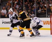 Milan Lucic, Boston Bruins en avant Photos stock