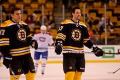 Milan Lucic y Benoit Pouliot Boston Bruins Imagen de archivo