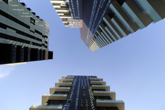 Milan milano solarier, soleaen, aria står högt högst bostads- enheter riksomfattande Royaltyfri Foto