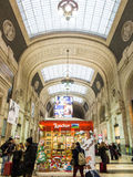 Milano Centrale railway station shopping Royalty Free Stock Images