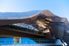Milano Congressi budynku szczegóły w Mediolan, Włochy (MiCo) zdjęcia royalty free