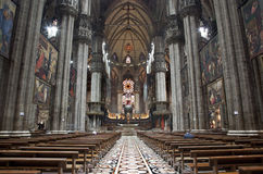 Milano - de interior de Duomo Imagen de archivo libre de regalías