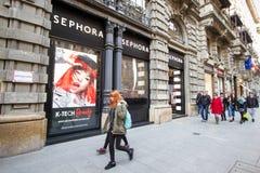 Milano: Finestra del negozio Sephora, Italia, Europa di modo Fotografia Stock
