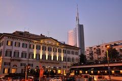 Milano - hotel de Moschino del mesón y nuevo rascacielos Foto de archivo libre de regalías